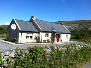 Wonderful 3 bedroom Cottage in Fanore - Fanore vacation rentals