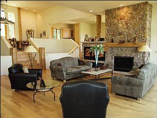 Stunning Sotuwestern Retreat - Newer home construction (4227) - Aspen vacation rentals