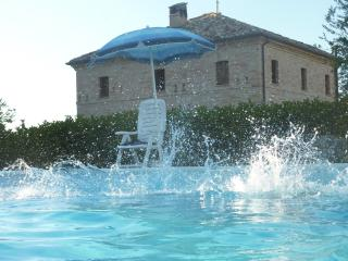 Villa in your total privacy - Corridonia vacation rentals