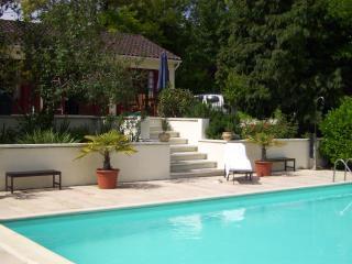 Cozy 2 bedroom House in Riberac - Riberac vacation rentals
