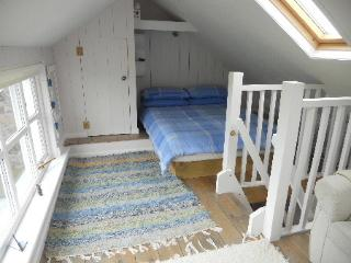 Comfortable Cottage with Short Breaks Allowed and Linens Provided - The Lizard vacation rentals