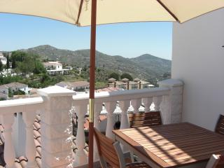 Nice Townhouse with Television and Fireplace - Canillas de Albaida vacation rentals