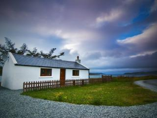 Romantic 1 bedroom Cottage in Portree - Portree vacation rentals