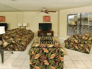 Sandpiper 2C ~Beachside Condo with Palm Tree Views~Bender Vacation Rentals - Gulf Shores vacation rentals