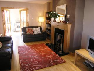 3 bedroom Townhouse with Internet Access in Dundrum - Dundrum vacation rentals