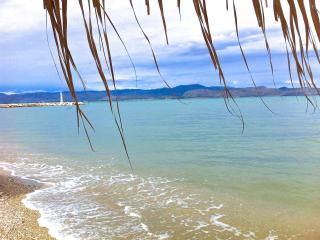 Beach apartment - Xiropigado vacation rentals