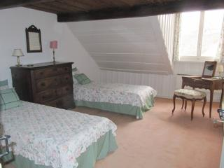 Hauterive - Room with bathroom - Saint-Blaise vacation rentals