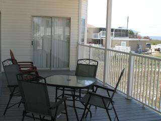 Gorgeous Saint George Island vacation House with Deck - Saint George Island vacation rentals