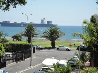 Large Comfortable 2 bedroom 2 bathroom self catering apartment in Sea Point - Cape Town vacation rentals