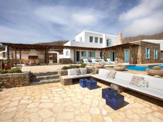 Mykonos Panormos 5 Bedroom Private Pool Villa - Panormos vacation rentals