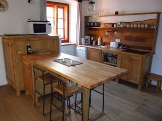 Perfect Cesky Krumlov vacation Apartment with Dishwasher - Cesky Krumlov vacation rentals