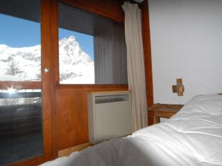 Cervinia ski slope apartment - Breuil-Cervinia vacation rentals