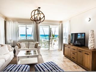 Stunning Ocean Front Line Condo Playa Turquesa! - Punta Cana vacation rentals