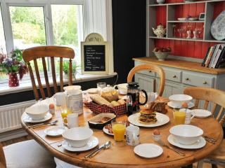 5 bedroom House with Internet Access in Brecon - Brecon vacation rentals
