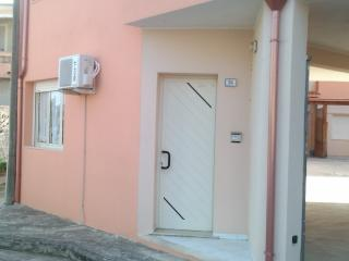 Cozy 1 bedroom Villasimius Apartment with A/C - Villasimius vacation rentals