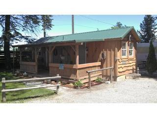Cowboy Bunkhouse-porch,double bed,hand water pump - Coeur d'Alene vacation rentals