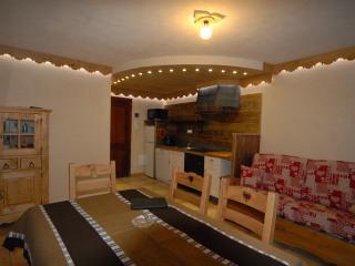 Cervinia luxury ski apartment - Breuil-Cervinia vacation rentals