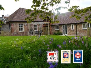 Beautiful Cottage with Internet Access and Television - Poynings vacation rentals