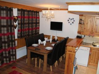 Nice Condo with Television and DVD Player - Valmorel vacation rentals