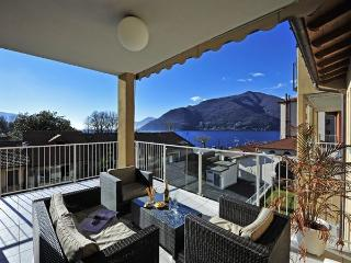 Lovely 2 bedroom Maccagno Condo with Internet Access - Maccagno vacation rentals