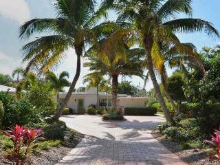 Paradise Gulf Cottage - Longboat Key vacation rentals