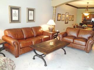 Beautiful 3-Bedroom / 2-Bath Condo at Legacy Towers - Gulfport vacation rentals