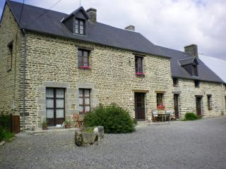 "Family B&B In  the  Bay  of  Le  Mont  St  Michel ""La  Petite Ferme"" - Sacey vacation rentals"