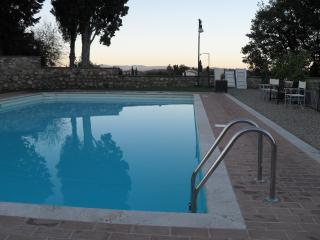 Tuscany apartment with pool, walk to the piazza - Cetona vacation rentals