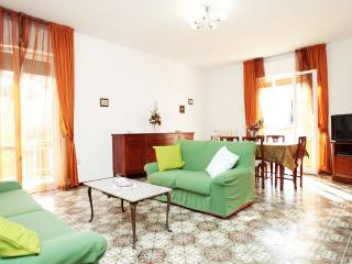 Elegant & Cozy House 5 mins from Beach - Pescara vacation rentals