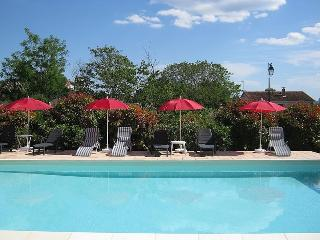 Comfortable 2 bedroom Apartment in Canaules-et-Argentieres - Canaules-et-Argentieres vacation rentals