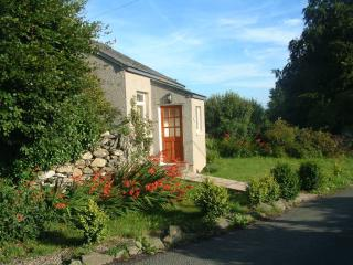 Woodland Cottage, Cartmel: on its own in farmland - Cartmel vacation rentals