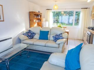 'Anemone' No 20 Freshwater Bay Holiday V - Freshwater East vacation rentals
