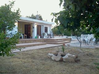 Perfect Villa with Internet Access and Kettle - Montroy vacation rentals
