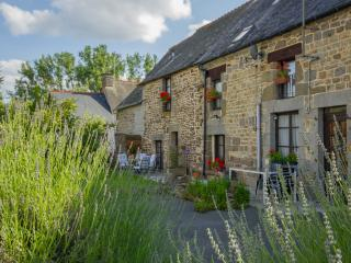 La Lune near Mont St Michel - Tremblay vacation rentals