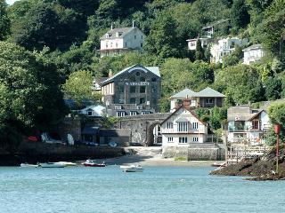 No1 The Pottery, Dartmouth - Dartmouth vacation rentals