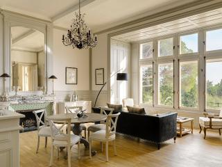 Le Grand Salon - Capestang vacation rentals
