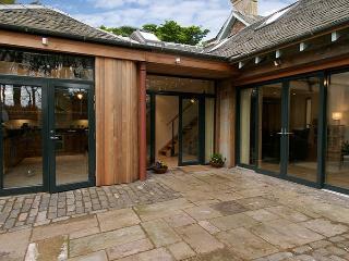 Orlege End, near Edinburgh and Livingston, Lothian - West Calder vacation rentals