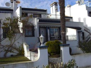 Beautiful Townhouse with A/C and Satellite Or Cable TV - Rioja vacation rentals