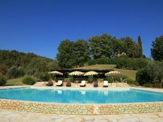 7 bedroom House with Private Outdoor Pool in Perugia - Perugia vacation rentals
