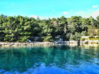 Apartment Mia,ap5-island Molat - Molat Island vacation rentals