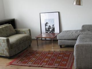 East End 3-bed  apartment - London vacation rentals