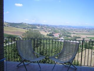 Nice 3 bedroom Condo in Castello delle Forme - Castello delle Forme vacation rentals