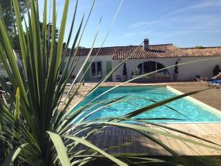 Nice 4 bedroom Villa in Sainte Marie de Re - Sainte Marie de Re vacation rentals