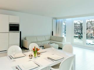 Uptown apartment Amsterdam - Amsterdam vacation rentals