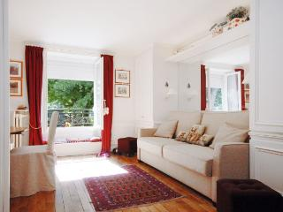 LULLI - Paris vacation rentals