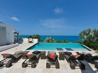Beautiful 5 bedroom villa - La Savane vacation rentals