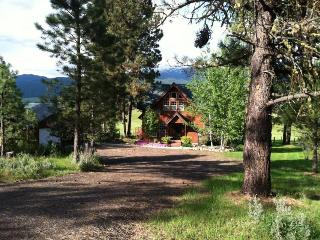 Cozy House with Internet Access and Dishwasher - New Meadows vacation rentals