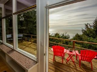 Walk to the beach from this dog-friendly oceanview home w/ private hot tub! - Lincoln City vacation rentals