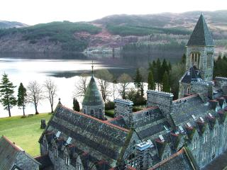 Romantic 1 bedroom Fort Augustus Condo with Internet Access - Fort Augustus vacation rentals