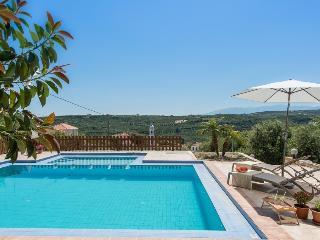 Villa Hibiscus - Kolymbari vacation rentals